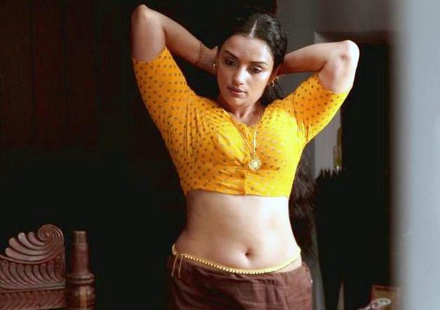 rathi nirvedam movie spicy actress pics