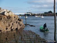 Pont Lorois (de brug over de ria) en een blije visser