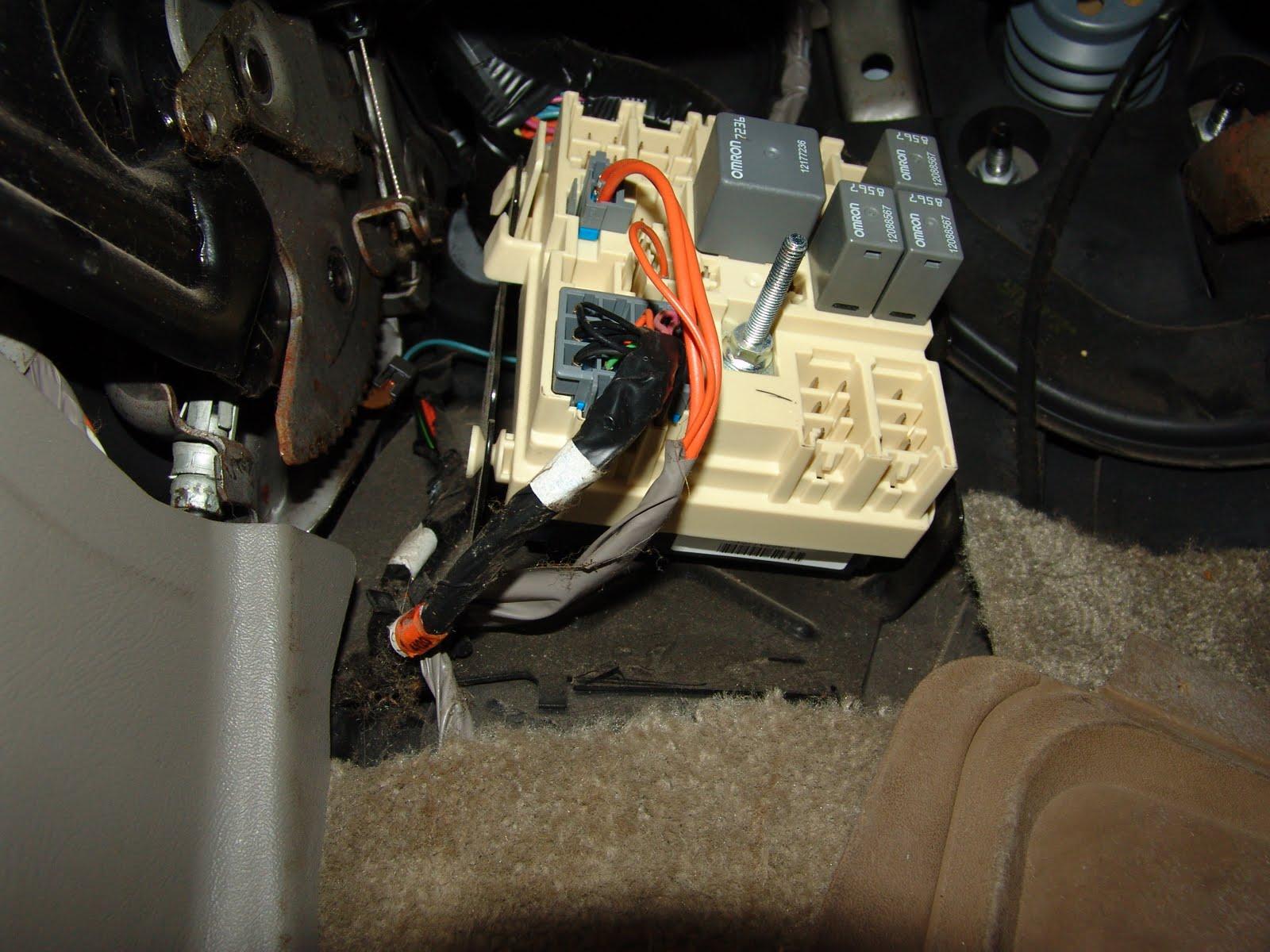 lincoln town car wiper control module location  lincoln