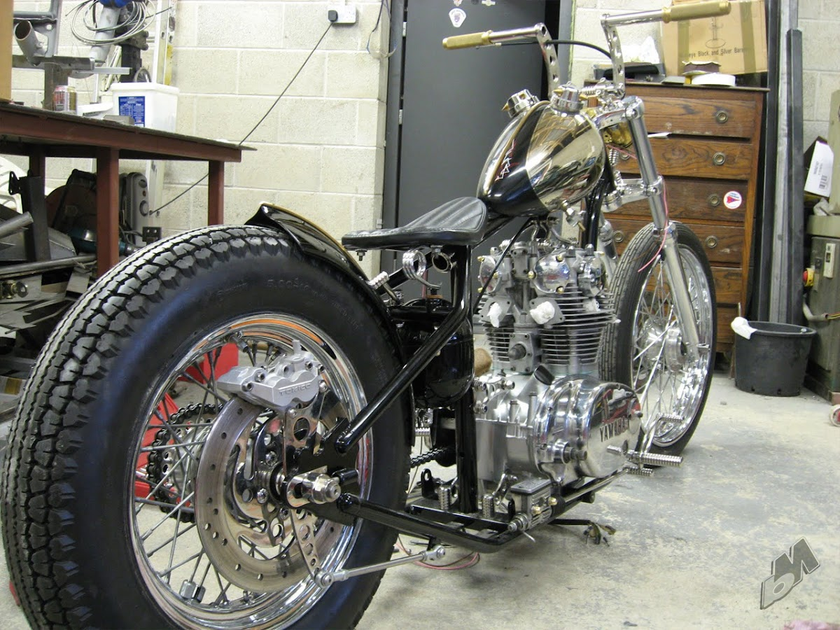 yamahauler xs650 bobber almost completed | bobbed to the bone