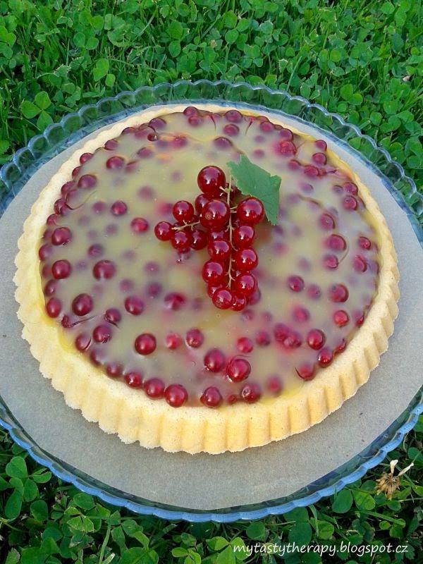 rybízový koláč s pudinkovým želé