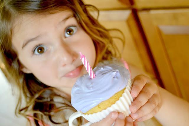 #BirthdayBundle,  #pmedia, Birthday Bundle, Safeway, Teacup Cupcakes, Cupcake molds, Teacup birthday cupcakes,