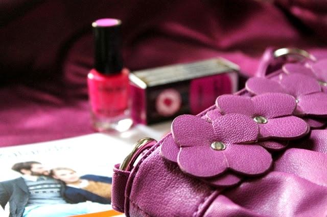 giveaway Italy, Ovs Industry, Deborah, Zalando, pink bag, nail polish, discount