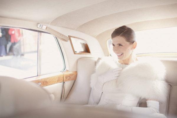 Novias con chaquetas (y sucedáneos) Complementos, Estilos de novia ...