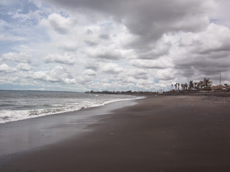 Tempat Wisata Pantai Purnama Gianyar