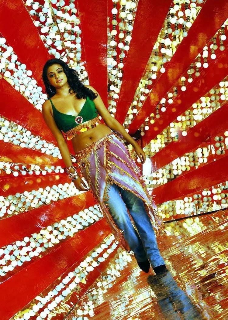 Priyamani latest hot stills priyamani latest hot photos images pics - Priyamani Latest Unseen Hot Stills