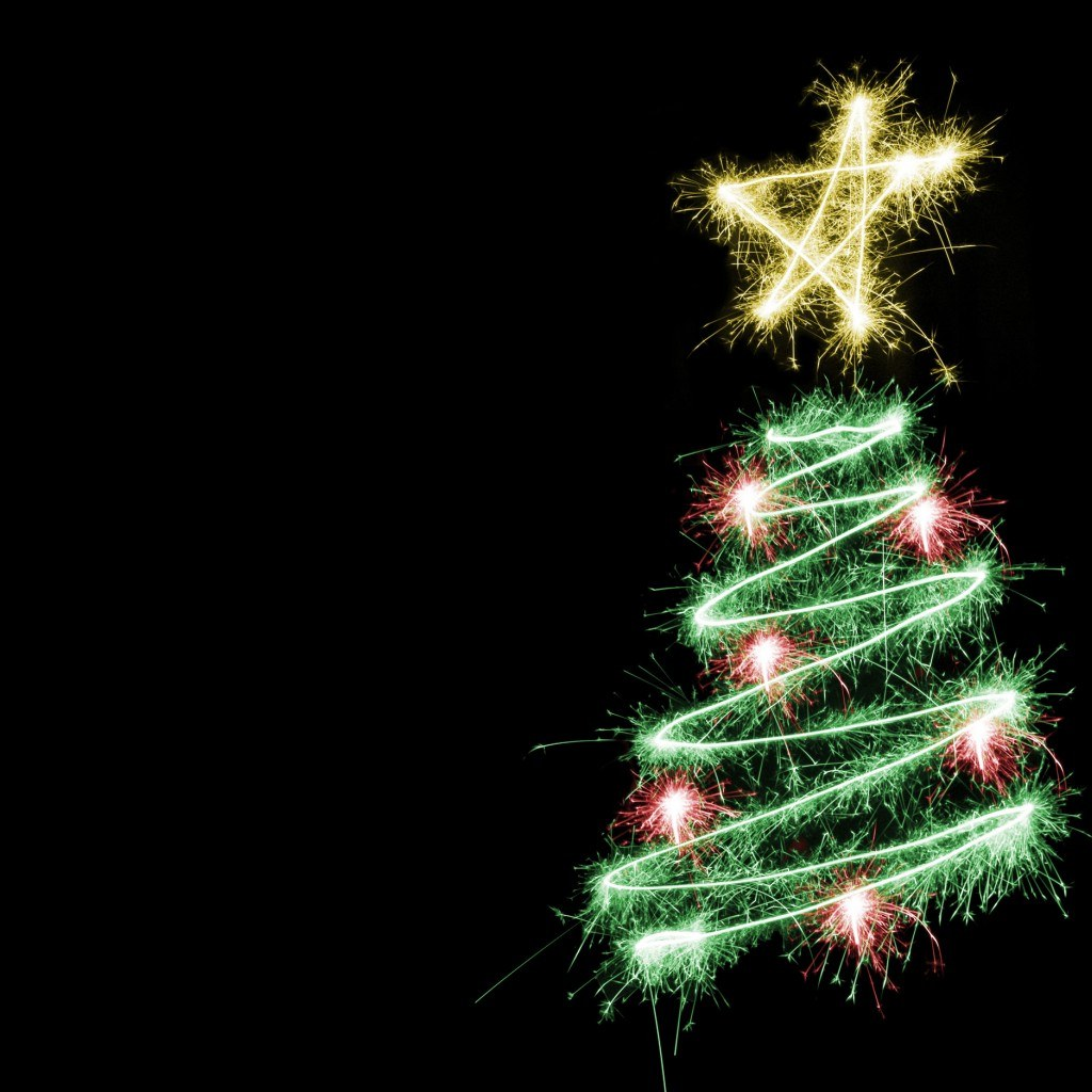 Free Wallpapers For IPad Merry Christmas Tree
