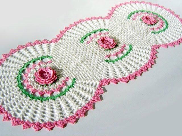 modèle crochet gratuit napperon Trilho+magistral