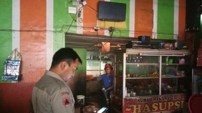 Rumah Makan Asupsi Terbakar Warga Sekitar Panik