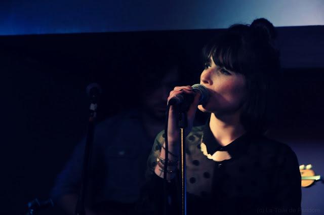 Liza Manili en concert au Scop Club, le 6 juin 2102