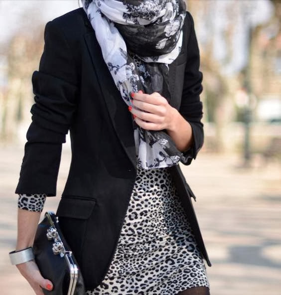 Leopard Design Dress With Scarf And Black Coat