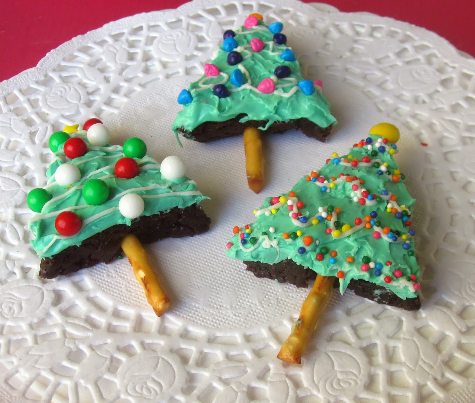 Frosted Brownie Christmas Trees - Lindsay Ann Bakes