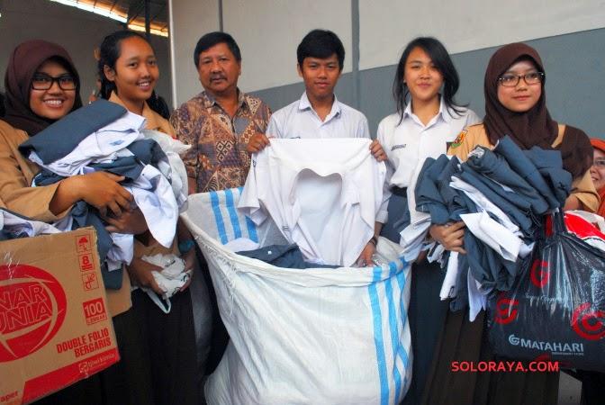 foto kelulusan anak SMA 9 Bandung