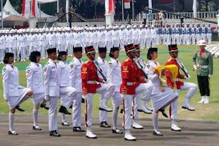 Foto Upacara Bendera Hari Kemerdekan Indonesia yang ke 70 di istana negara pada tanggal 17 Agustus 2015 | Blog Brema