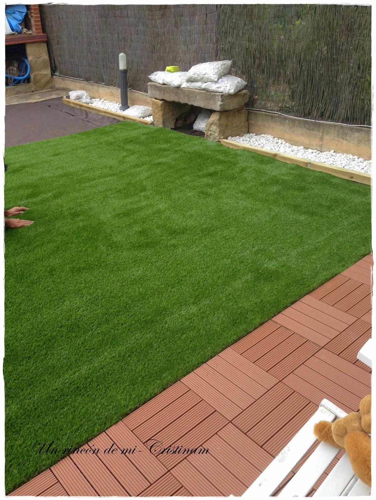 Jardines con piedras y cesped cheap hermosas ideas para for Jardines pequenos con piedras blancas