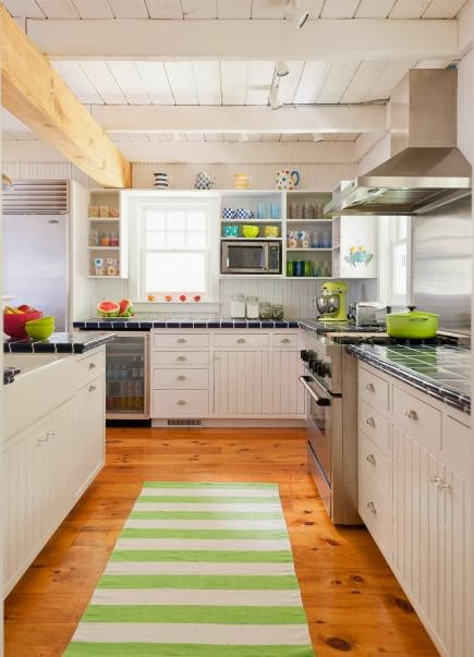 Five Fast & Easy Ways to Improve your Kitchen! Simple ideas that I love. #kitchen #diy