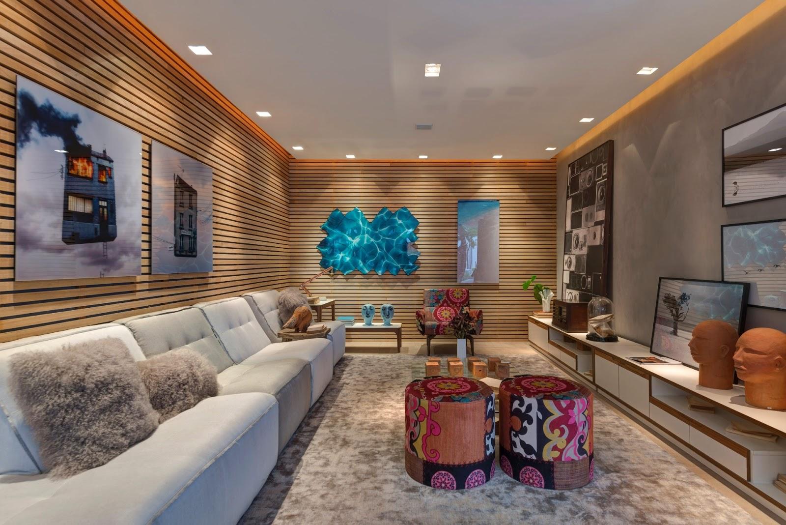 Madeira ripada é tendência na decoração – veja divisórias  #1E6C83 1600x1068