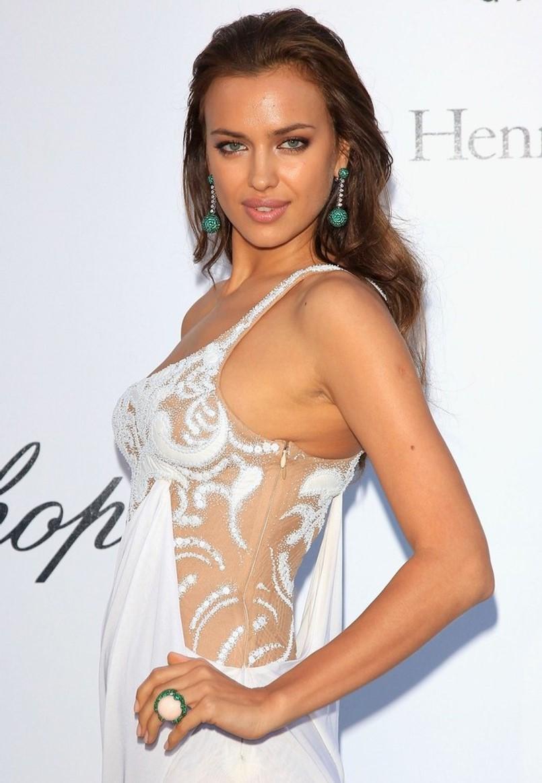 Irina Shayk - Beautiful HD Wallpapers