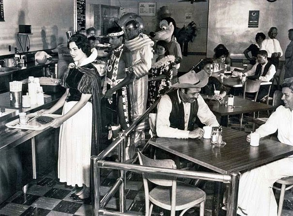 40 Must-See Photos Of The Past - Disneyland Employee Cafeteria in 1961