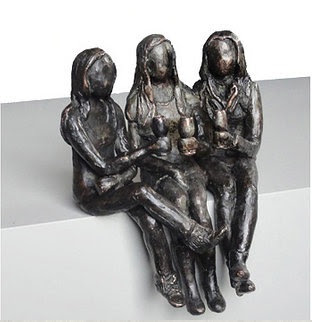 Bronze sculpture daugthers
