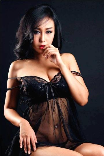 Koleksi Foto Josie Putri Sexy Hot Nude Bugil Telanjang, Josie Putri (JP) Model Sexy Hot Majalah Dewasa Indonesia | www.insight-zone.com