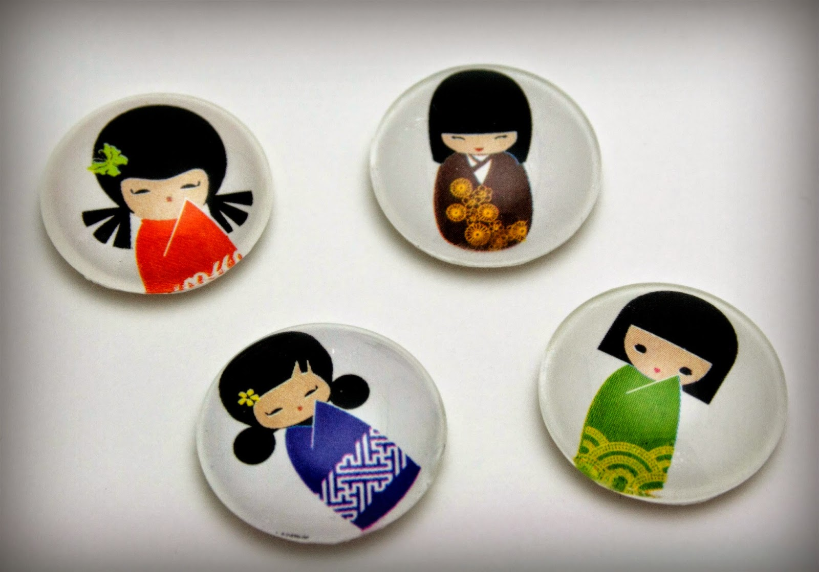 https://www.etsy.com/listing/188459664/kokeshie-dolls-glass-magnet-set-1-inch?ref=shop_home_active_4
