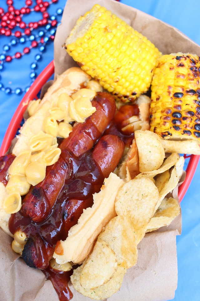 Barbecue Mac and Cheese Dogs!