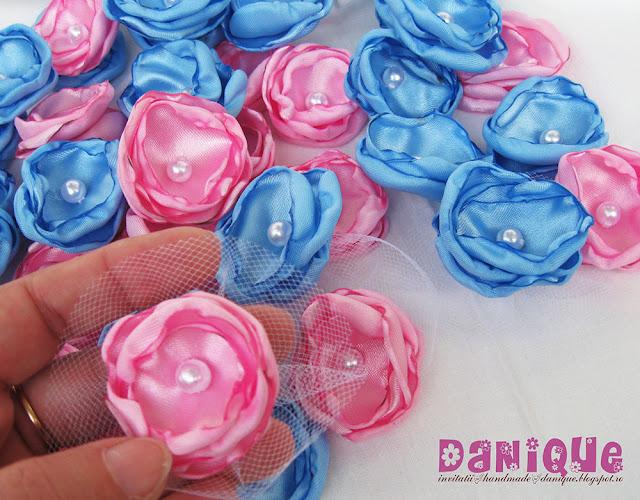 cocarde nunta - flori de pus in piept - floricele din material textil