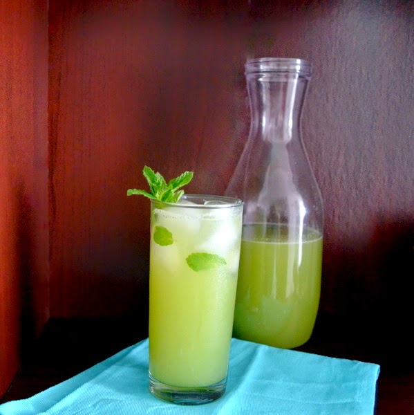 Happily Spiced: Cucumber Lime Mint Agua Fresca