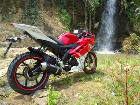 Modifikasi Yamaha Vixion jadi R15