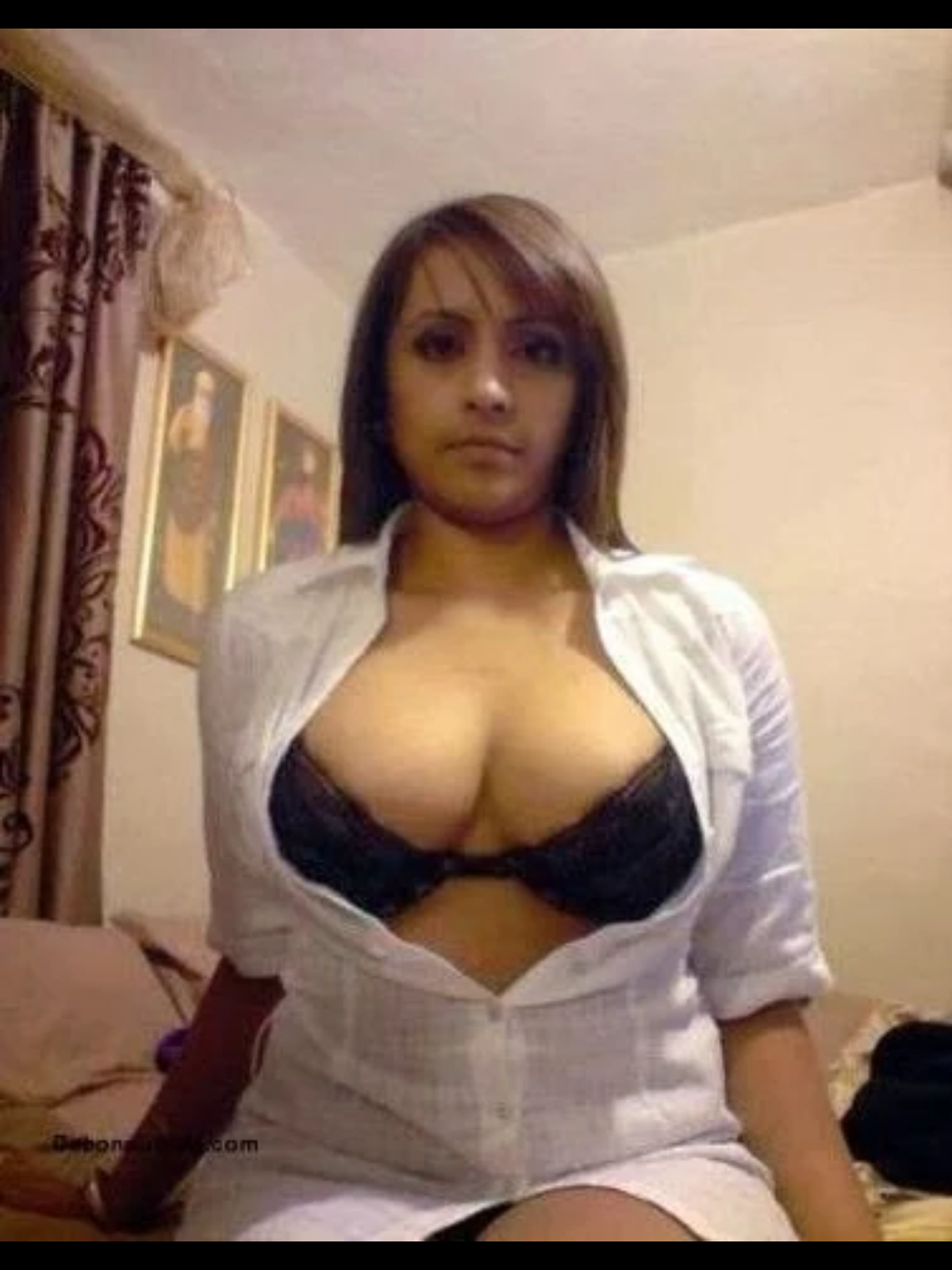Cute indian girls boobs
