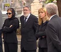 Claudia (Miryam Gallego) acudía a su entierro en la serie 'Periodistas'