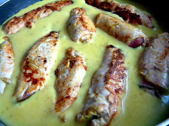 Faszerowane roladki z kurczaka w sosie curry !