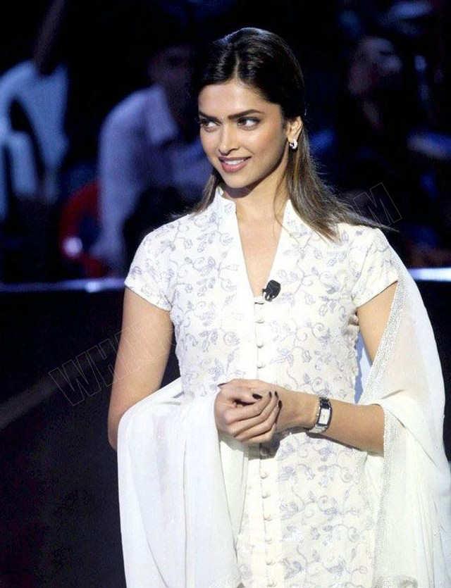 celebrity Gossip: Deepika Padukone In White Dress