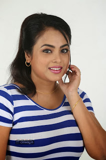 Villangam-Actress-Meenakshi-New-Photo-Gallery