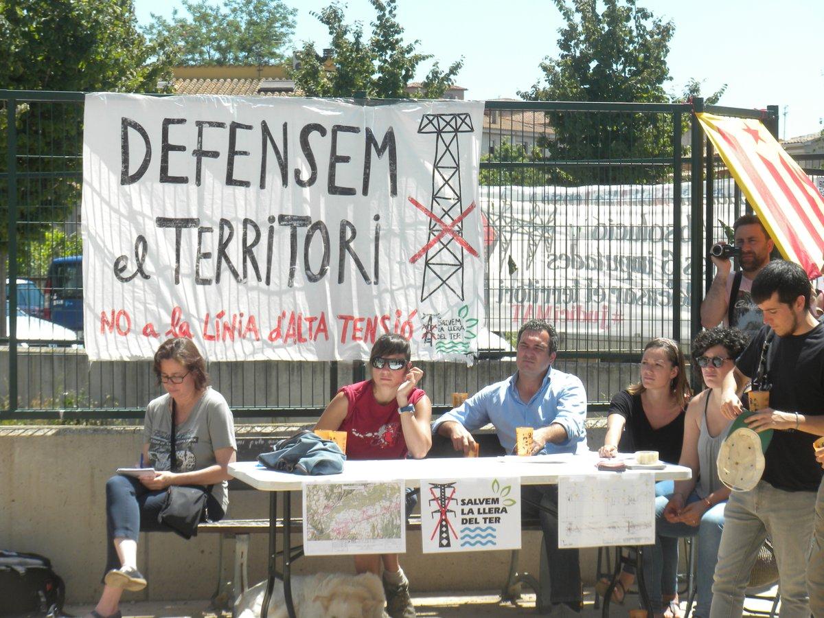 Convoquen una protesta contra la nova línia d'alta tensió a Juià