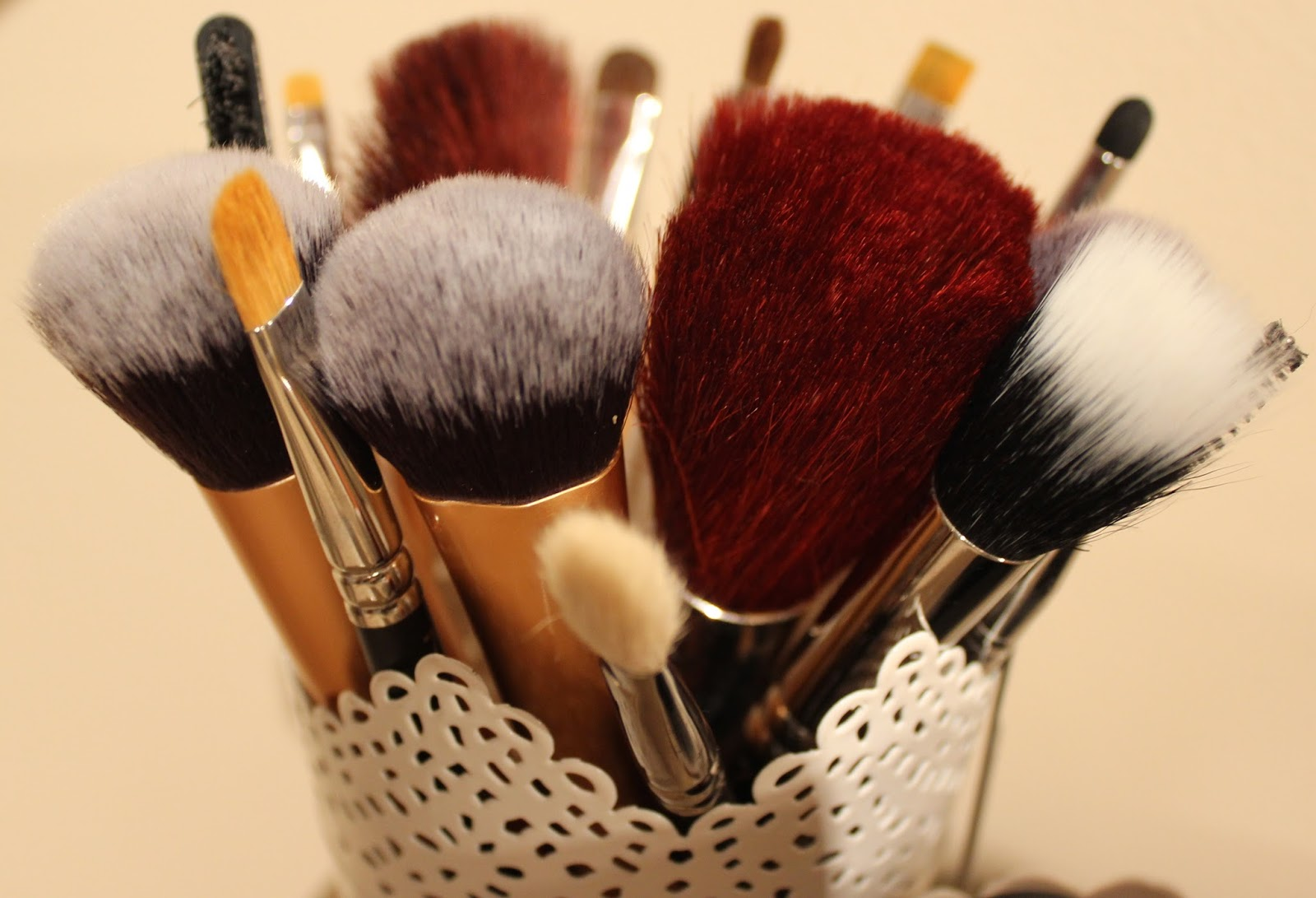 Cleaning makeup brushes with baby shampoo