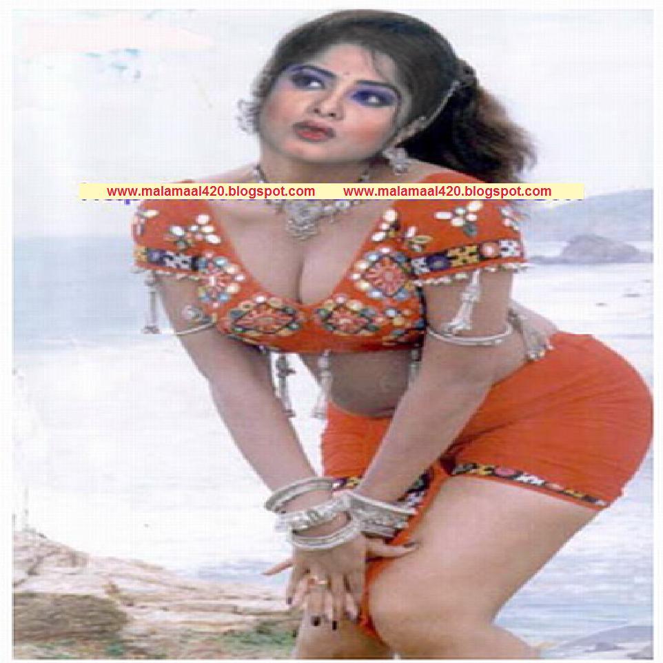 Bangladeshi Actress Mousumi Naked