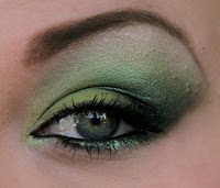 green eyes makeup look