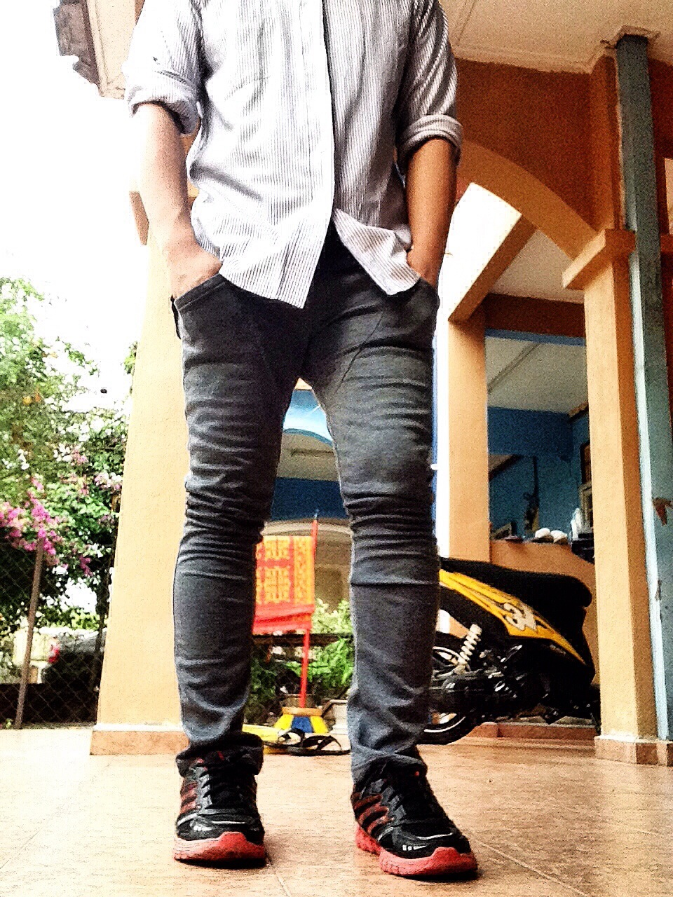 Fesyen Skinny Jeans - Jeans Am