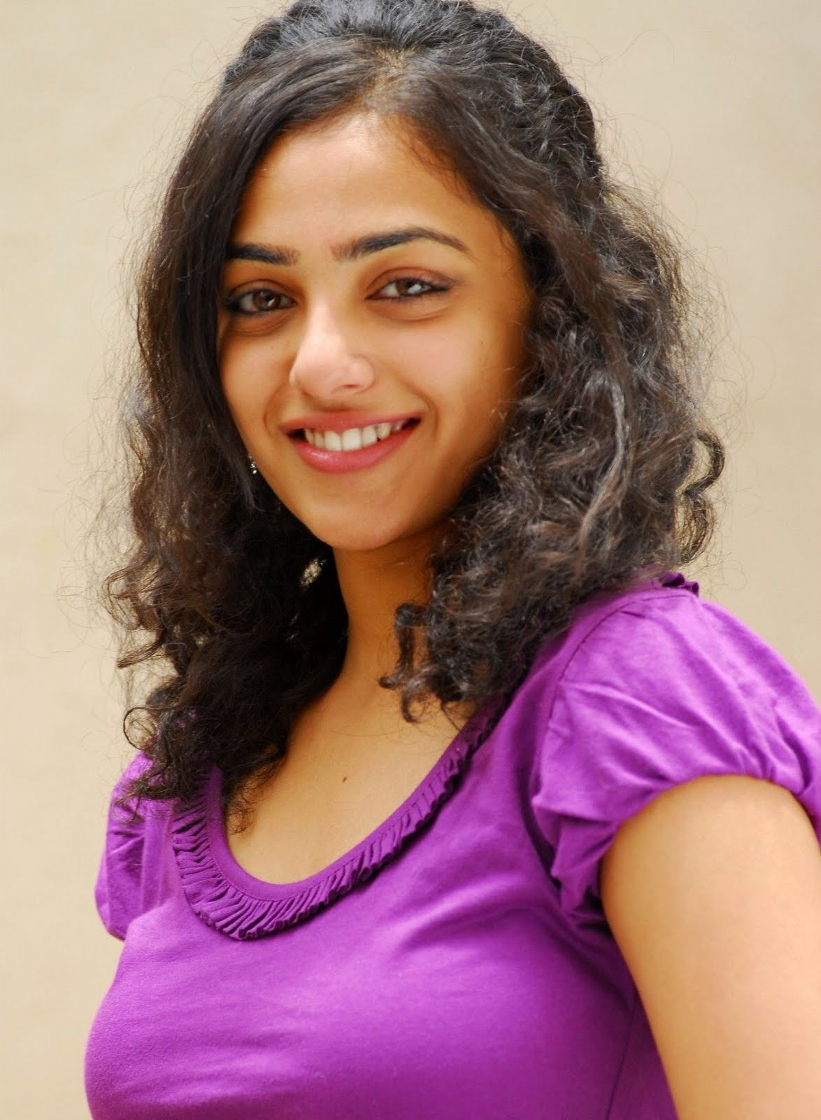 nithya menon hot tollywood actress stills actor actress biography