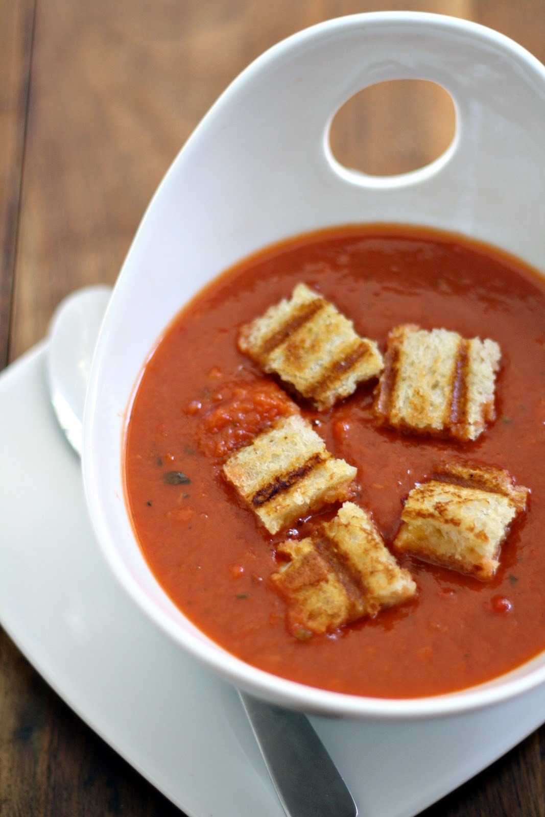dinner or dessert: roasted tomato soup & grilled cheese croutons