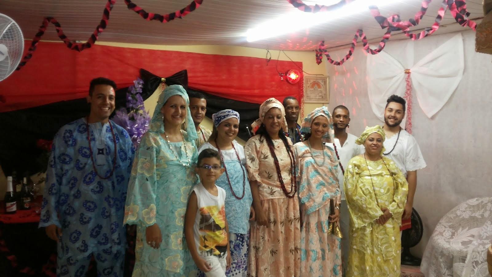 Família do axe de Mãe Monica de Oxum