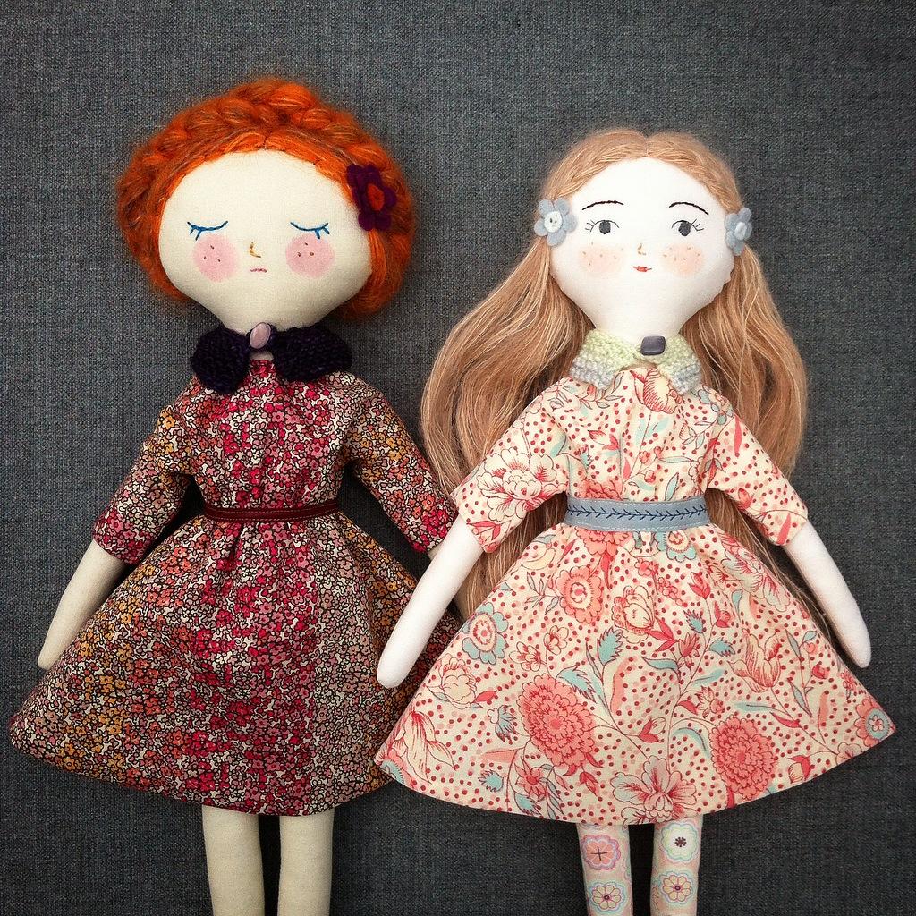 needle book: Tiny Handmade Dolls