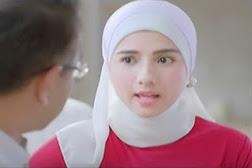 Bintang Iklan Fair Lovely Jilbab Nikah Atau S2