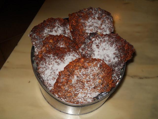 biscotti-gallette con muesli e farina di granoturco