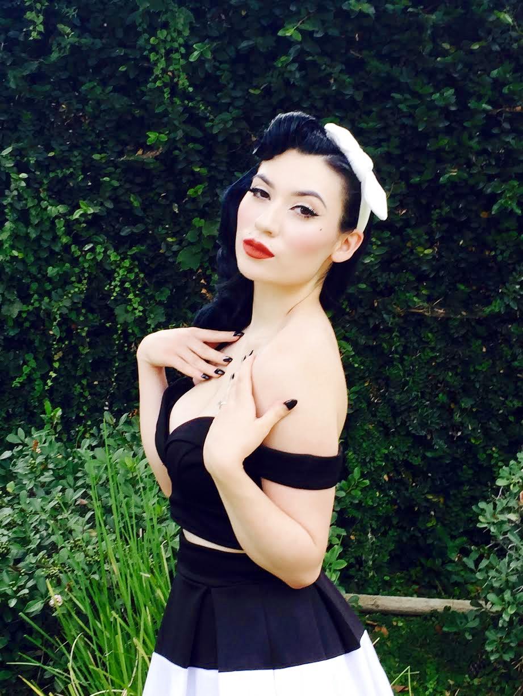 Miss Vintage Lady