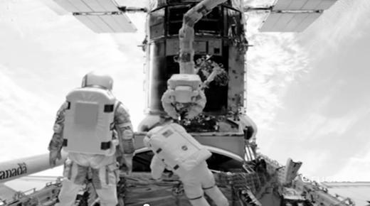 Ex-empleado de la NASA vio a un extraterrestre de 3 metros de alto con astronautas en el transbordador espacial - ¿Evidencia de una alianza militar con la raza alienígena?