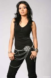 Sunidhi-Chauhan-hot-Indian-singer-1