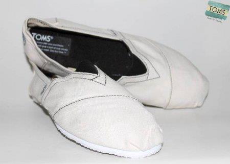 Sepatu Toms TOMS04